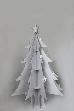 DIY christmas tree to decorate with art