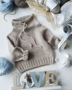 Knitting Books, Baby Knitting, Textiles, Smile Face, Little People, Handicraft, Knit Crochet, Baby Kids, Kids Fashion