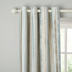 Finish your home in style with Curtains from John Lewis. Find Net Curtains, Blackout Curtains, Curtain Poles and our Made to Measure service.