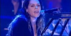 {VIDEO's} http://www.apeldoorn-nieuws.nl/beth-hart-zingt-weer-alle-sterren-van-de-hemel-op-het-holland-blues-festival/ - Beth Hart zingt weer alle sterren van de hemel op het Holland Blues Festival