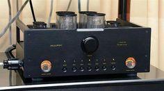 Allnic L5000 DHT pre-amplifier.