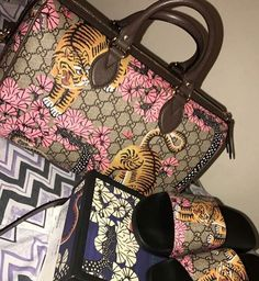 8c42277bd2be Luxury Bags, Cute Bags, My Bags, Purses And Bags, You Bag,