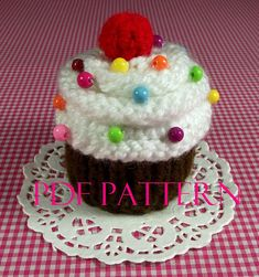 Cupcake KNITTING PATTERN Cupcake Ornament Toy by LiliaCraftParty