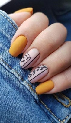 Effect nailart yellow nail inspo unha amarela inspo Nails How to use nail polish? Nail polish in your friend's nails lo Cute Acrylic Nails, Matte Nails, Acrylic Nail Designs, My Nails, Acrylic Art, Short Square Nails, Short Nails, Yellow Nail Art, Yellow Nails Design