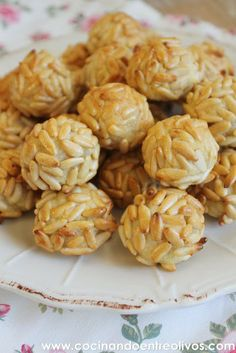 They are sooo good :) Fall Recipes, Sweet Recipes, A Food, Food And Drink, The Joy Of Baking, Diy Food Gifts, Spanish Dishes, Food Humor, Gastronomia