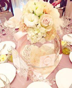 お花とリボンで作るメインテーブル・ゲストテーブル装花まとめ | marry[マリー]