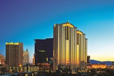 Las Vegas Hotel Reservations: Junior suite 18th floor at The Signature MGM - Las...