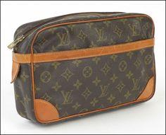 Louis Vuitton Signature Cavnas 'Compiegne 28' Clutch : Lot 145-9008 #louisvuitton #canvas #clutch
