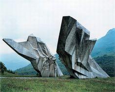 Jan Kempenaers. Yugoslav spomeniki.
