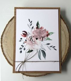 Rustykalne zaproszenia na ślub z bordowymi kwiatami oraz sznureczkiem Boho, Handmade, Home Decor, Hand Made, Decoration Home, Room Decor, Bohemian, Home Interior Design, Home Decoration