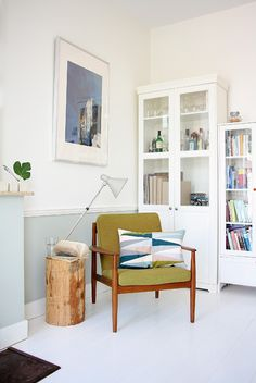 Seating nook in the Dutch home of interior designer Hedda Pier and her husband Michiel Lenstra (via Decor8).