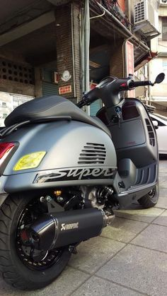 A Vespa is a relatively straightforward vehicle. Vespa is among the well-known brands of the planet and has been a favourite selection of people Vespa Gts 125, Vespa 200, New Vespa, Vespa Sprint, Vespa Motor Scooters, Fast Scooters, Motorized Big Wheel, Lambretta, Piaggio Vespa