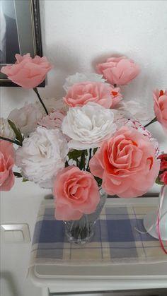 Kreppipaperi ruusut
