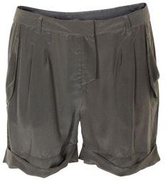 Silk shorts <3 Karen, Silk Shorts, Gym Men, Fashion News, Casual Shorts, Summer, Design, Summer Time