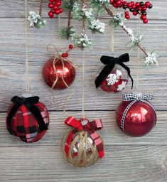 easy ways to decorate a clear christmas ornament