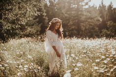 Maternity Photos + A Prayer For Our Baby Girl Maternity Photo Outfits, Family Maternity Photos, Pregnancy Photos, Vintage Maternity Photos, Family Posing, Girl Maternity Pictures, Family Portraits, Pregnancy Announcements, Vintage Baby Mädchen