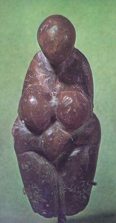 3venus de Menton ( museo de Saintt-Germain-en -laye, Francia)