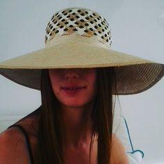 Oggi soothing su uno splendido yacht per @missartemodaitalia con una mia cloche in panama due colori lavorazione orientale  #mada #fashion #womenfashion #instaitalia #instaitaly #italy #fascinator #instagood #instadaily #instalike #madeinitaly #arte #artigianato #artigian #ragazza #style #hatsummer #hat #cloche #accessories #artigianatoitaliano #accessoryaddict #modella #modelle #model #igers #igersoftheday #portrait #love #girl