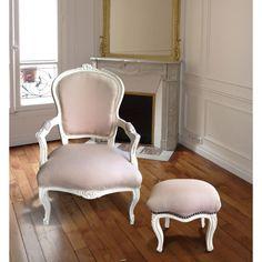 Fauteuil de style Louis XV tissu couleur lin beige et bois beige patiné