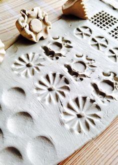 Mönster i lera av Linda på Form och känsla Juni, Ceramics, Inspiration, Fimo, Ceramica, Biblical Inspiration, Pottery, Ceramic Art, Porcelain