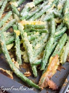 Oven Fried Garlic Parmesan Green Beans (use less oil and FF Parmesan for SF)