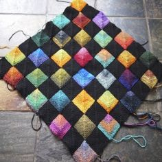 Sock yarn and another colour make it a really nice blanket! NOTE: Bad link - but good idea