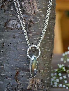 Labradorite Necklace. Chic Modern Gemstone Necklace. Shiny Circle Pendant Necklace. Classic Jewelry.