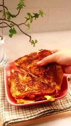 Food Platters, Food Dishes, Fun Baking Recipes, Cooking Recipes, Food Vids, Fake Food, Morning Food, Easy Snacks, Easy Cooking