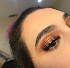 12 Glam Night Out Makeup Ideas Makeup Goals, Makeup Inspo, Makeup Inspiration, Makeup Tips, Casual Makeup, Cute Makeup, Pretty Makeup, Charlotte Tilbury, Skin Makeup
