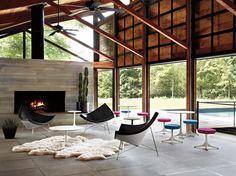 Nelson Coconut Lounge Chair. Llámelo como quieras, clásico, icono, rebanada de fruta tropical de cáscara dura. Medio siglo más tarde, es tan maravilloso de mirar y sentarse como siempre.