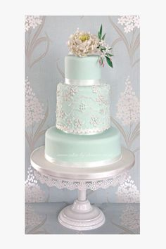 Mint peony and lace wedding cake design (Wedding Cake Lace) Candybar Wedding, Mint Wedding Cake, Wedding Mint Green, Amazing Wedding Cakes, Wedding Table, Gold Wedding, Sea Foam Wedding, Lace Wedding Cakes, Duck Egg Blue Wedding