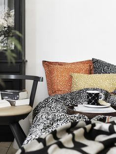 Inspirational image - The most comprehensive selection of Finnish and Scandinavian design online. Gray Gardens, Cozy Bed, Marimekko, At Home Store, Bedroom Styles, Cozy House, Scandinavian Design, Room Interior, Decoration
