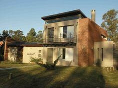 Casa alquiler La Barra  info@settleprop.com