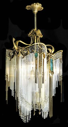 If my rings were a chandelier. Art Deco Hector Guimard chandelier May b Art Nouveau vs. see all the curves! Arte Art Deco, Moda Art Deco, Estilo Art Deco, Art Deco Chandelier, Art Deco Lighting, Chandelier Lighting, Antique Lighting, Luxury Chandelier, Antique Chandelier