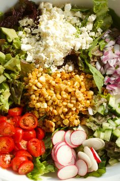 One of the BEST summer salads! Green Salad with Corn and Cilantro Lime Vinaigrette | reluctantentertainer.com
