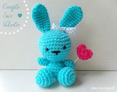 Conejito amigurumi San Valentín | Manualidades Crochet Bunny, Knit Crochet, Crochet Crafts, Crochet Projects, Educational Toys For Toddlers, Bunny Art, Free Pattern, Diy And Crafts, Dinosaur Stuffed Animal