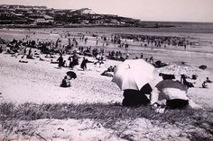 Bondi Beach in the 🌹 Bronte Beach, Sydney City, Historical Pictures, Wonderful Places, Beaches, Dolores Park, Surfing, The Past, Australia