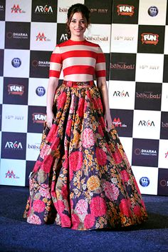 Tamannaah Bhatia bring on th big florals in a Sabyasachi by Sabyasachi ball-gown skirt. Thx Vogue.in