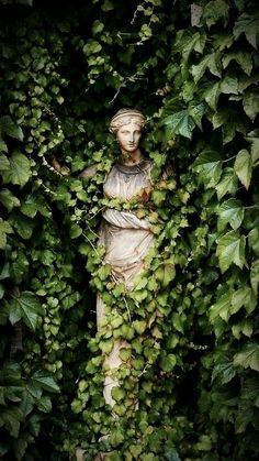 Statues Decor Sculpture - Marble Statues Female - Statues Drawing - Stone Statues Minecraft - Dragon Statues For Sale - Slytherin Aesthetic, Garden Art, Garden Ideas, Garden Painting, Garden Design, Aesthetic Wallpapers, Scenery, Pictures, Garden Statues