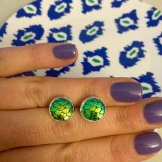 Mermaid Earrings Green Iridescent 10mm Silver by OnlyYoursJewelry