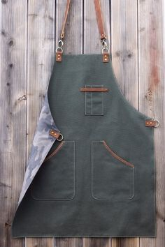 Leather Apron Barista Apron Canvas and Leather Olive Green Apron Barber Apron Restaurant Aprons, Restaurant Uniforms, Cool Aprons, Aprons For Men, Barista, Cafe Apron, Jean Apron, Barber Apron, Personalized Aprons