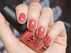 Nails OPI My Solar Clock is Ticking You should start by taking a walk around your pro Opi Nail Polish Colors, Opi Nails, Cute Nails, Pretty Nails, Fall Gel Nails, Colorful Nail Designs, Gorgeous Nails, Nails On Fleek, Nails Inspiration