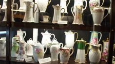 Vintage chocolate pots from the Wilbur Chocolate Factory in Lititz, PA.  One of my favorite places <3