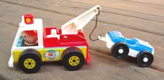 Vintage 1968 FISHER PRICE Tow Truck and Car #718 COMPLETE ~ Great Condition!