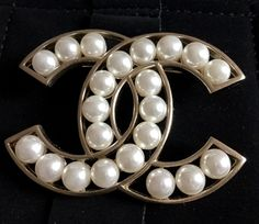 78275310564 CHANEL PEARL Cream Resin Fashion Brooch Pin GOLD Hollow CC ICON Authentic  NIB!