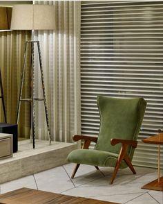 """Cuca"" armchair by @josezaninecaldas featured in @nathaliamontansarquitetura project. The chair is also on display at ESPASSO NY. Photo courtesy: Nathalia Montans #interiordesign #armchairs #braziliandesign #designbrasileiro #zaninecaldas #contemporarydesign #midcenturymodern #instadecor #espasso"