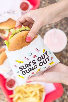 Sun's Out Buns Out Free Burger Printables for Summer BBQs Sun's Out Buns Out! Free Burger Printables - Sun's Out Buns Out! Summer Bbq, Summer Fruit, Summer Parties, Picnic Parties, Summer Food, Hamburgers, Soirée Bbq, Barbecue Burgers, Bbq Diy