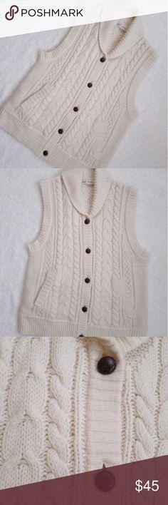 "Woolrich Cable Knit Wool Blend Sweater Vest Woolrich Cable Knit Wool Blend Sweater Vest. No signs of wear  18.5"" across bust  24.5"" length Woolrich Sweaters"