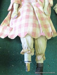19TH C. AMERICAN FOLK ART DOLLS : Lot 2209