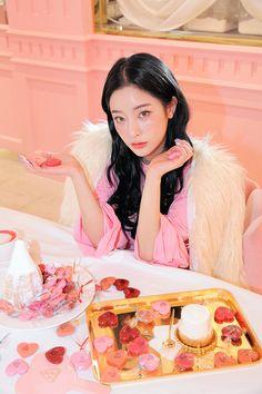 Ulzzang Fashion, Ulzzang Girl, Korean Makeup Ulzzang, Beautiful Asian Girls, Beautiful People, Pretty Outfits, Stylish Outfits, Byun Jungha, Popteen